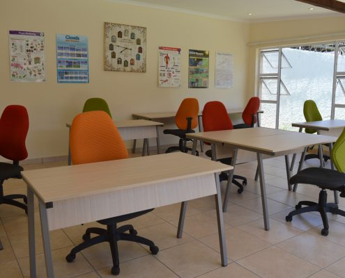 Our home study centres in South Africa offer tuition for grades 7 to 12 (Randburg Study Centre) and grades 5 to 12 (Sandton Study Centre).